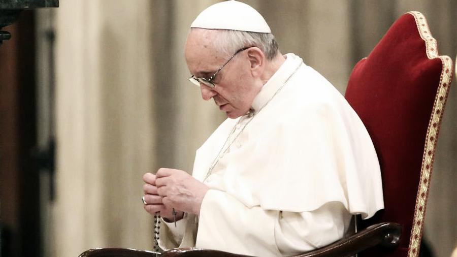 papa-francisco-rosario